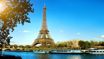 Paris-travel-incentive-location-525x295.png