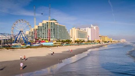 Daytona-Beach-People-Walking-along-the-Coastline.jpg