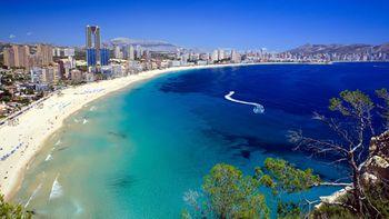 benidorm-vacation-incentive-525x295 (1).jpg