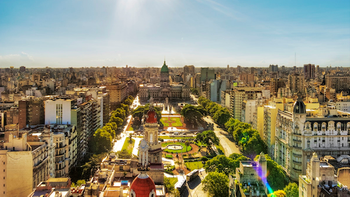 Buenos-aires-vacation-incentive-location-525x295.png