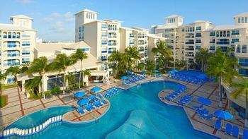 Cancun-Hotel-and-Resort-with-Pool.jpg