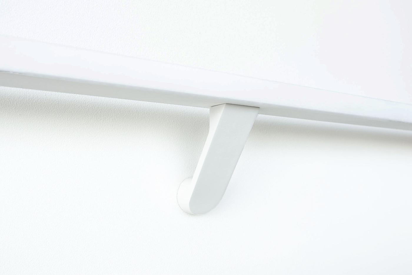 Modern-white-bracket-for-stair-rail