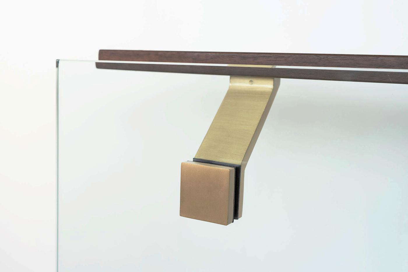 Modern-brass-glass-mounted-handrail-bracket