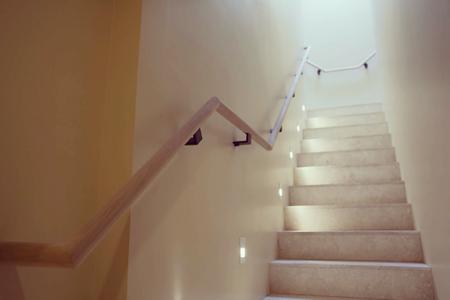 modern-black-handrail-brackets