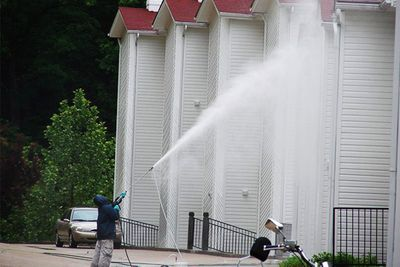 EXTERIOR CLEANING SERVICES