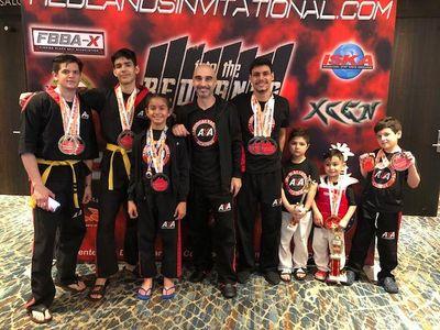 karate aka 3.jpg