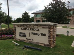 cedar-ridge-fidelity-title-monument-sign.jpg