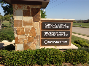 Synetra-monument-sign.png
