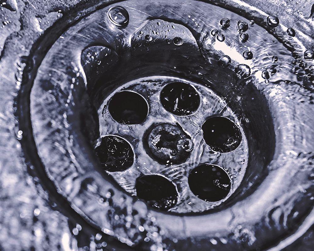 Clean working drain