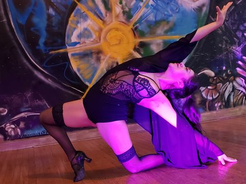 dance_image_resized_480x360.jpg