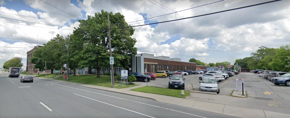 Hamilton, Ontario Hometown Hearing Centre Location