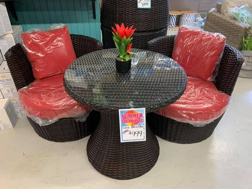 Red and Black Barrel Furniture Lg Table