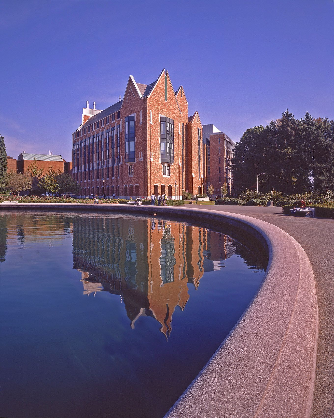 Drumheller Reflecting Pool on the Seattle campus of the University of Washington.
