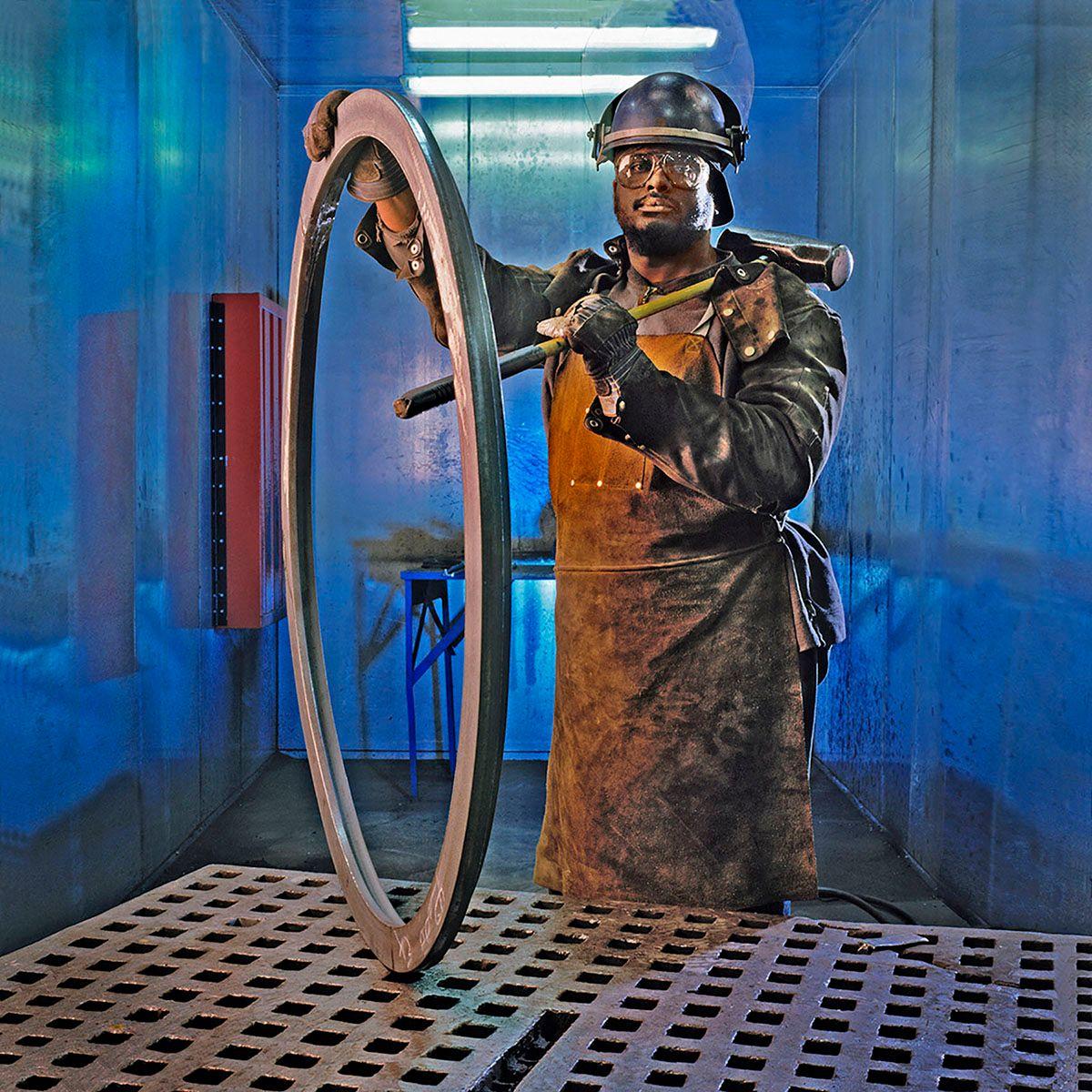 Metalworker at Romac Industries in Bothell, WA.jpg