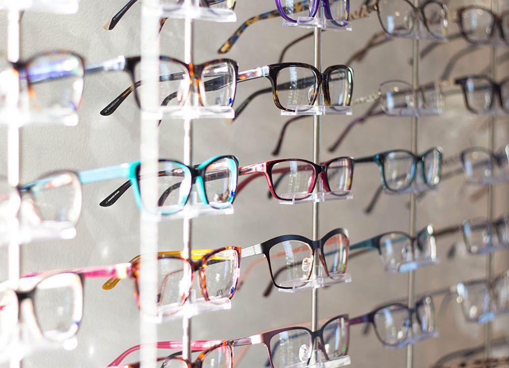 Rack of glasses