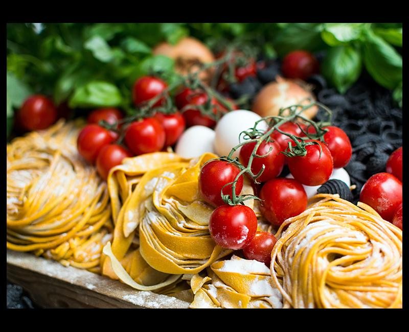 Fresh pasta and tomatoes