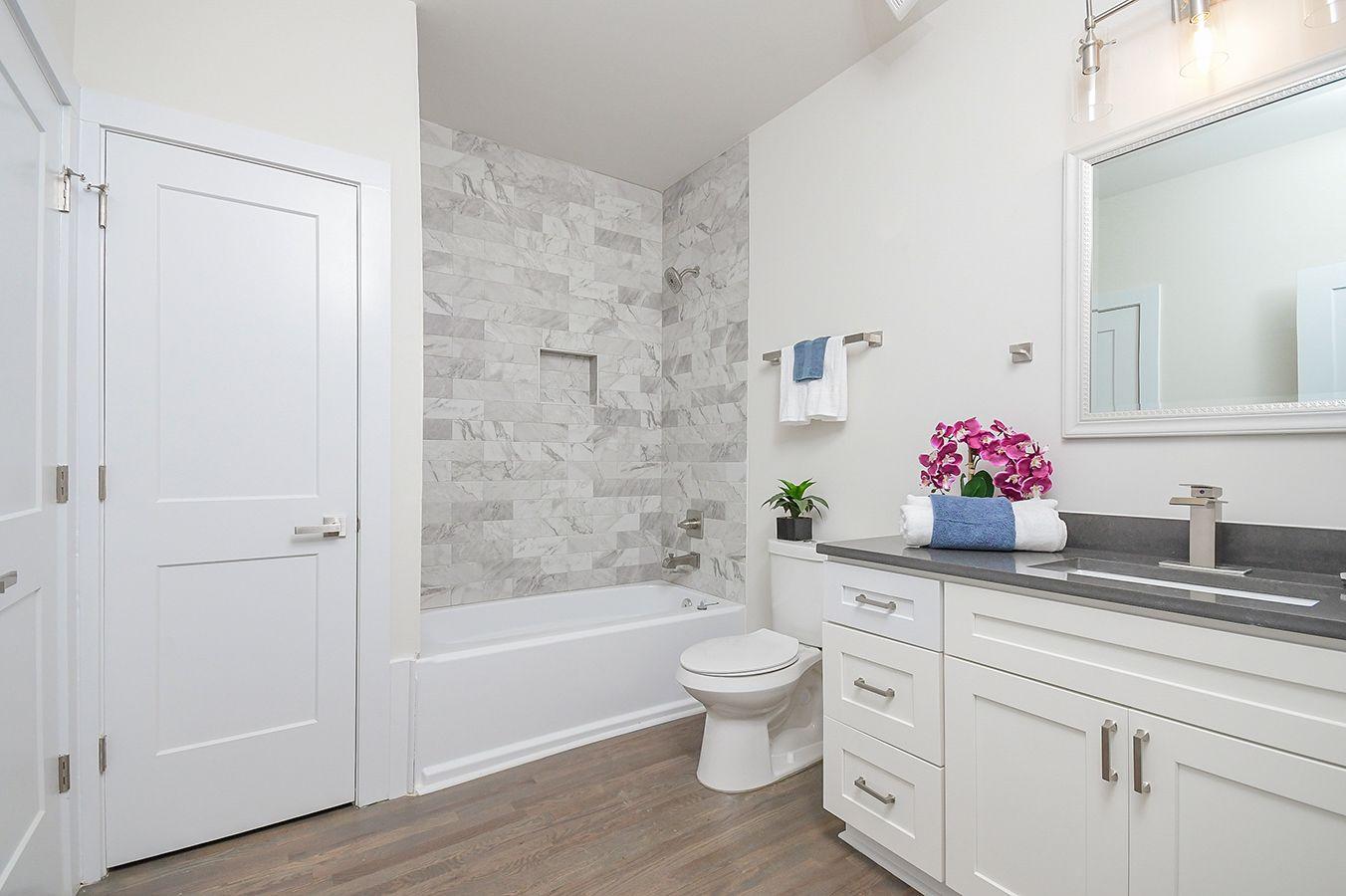 Main_Level_Full_Bathroom_view (1).jpg