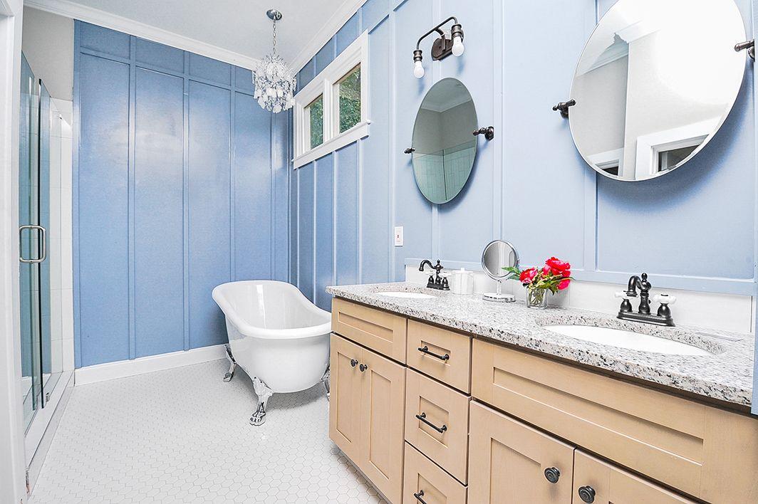 Master_Bathroom_view1.jpg