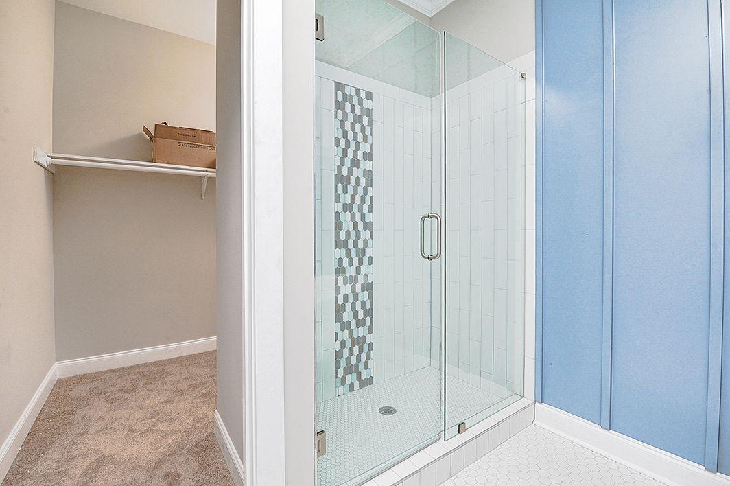 Master_Bathroom_view4.jpg