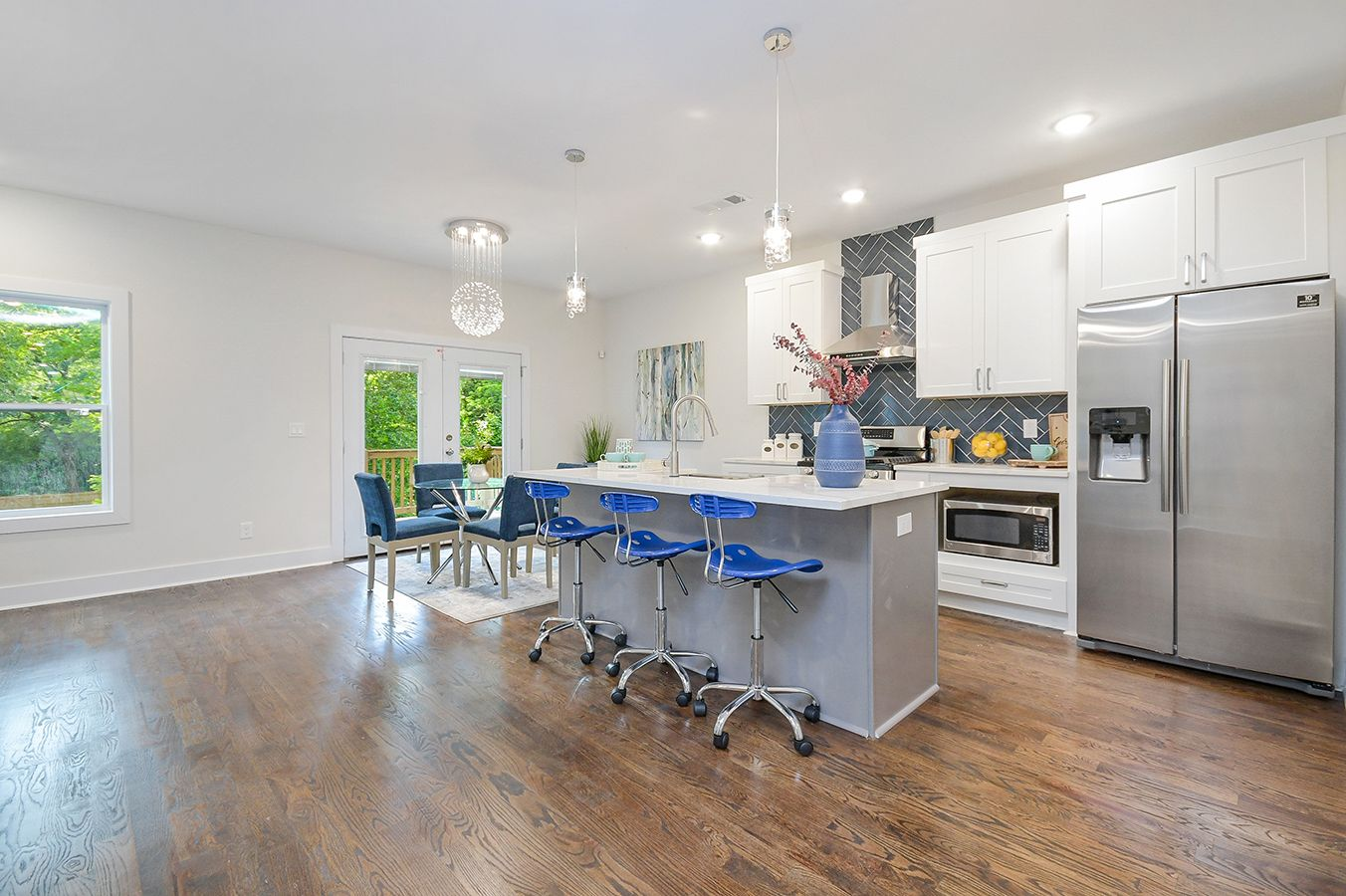 Kitchen_view1-2.jpg