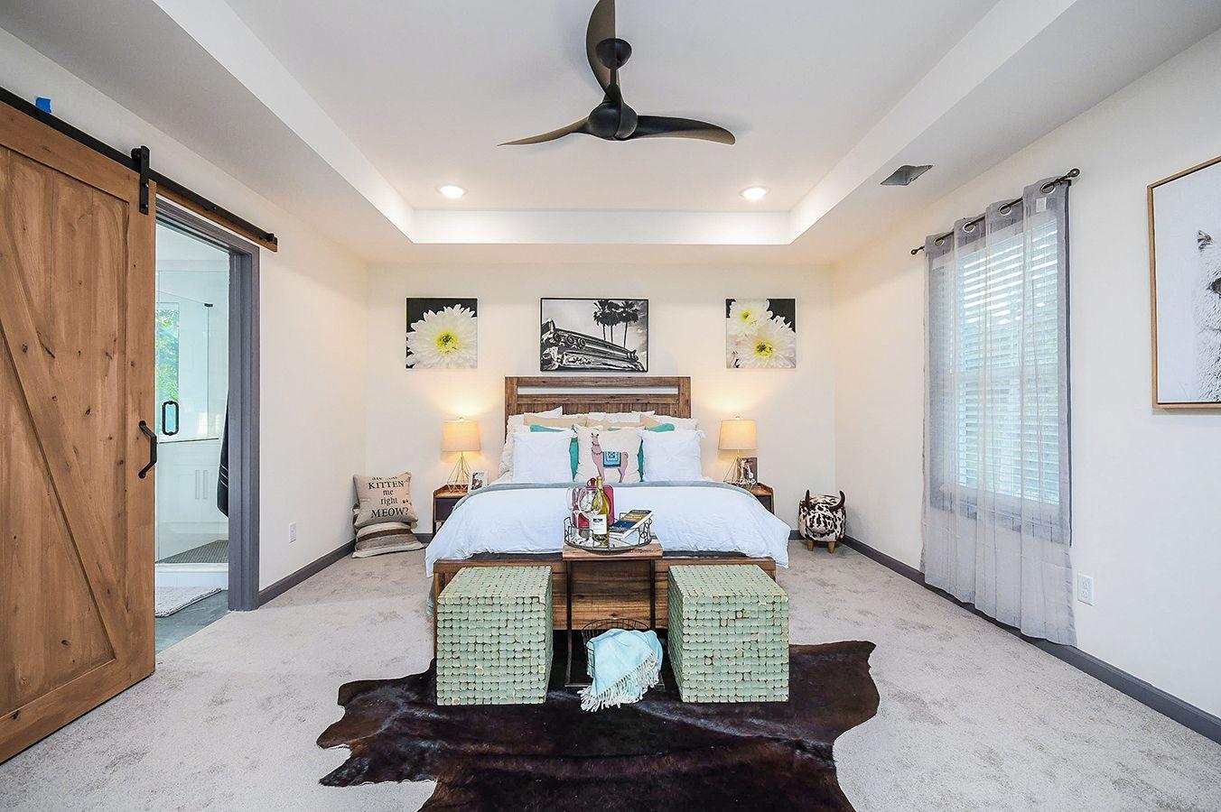 Upper_Level_Master_Bedroom_view2 (2).jpg