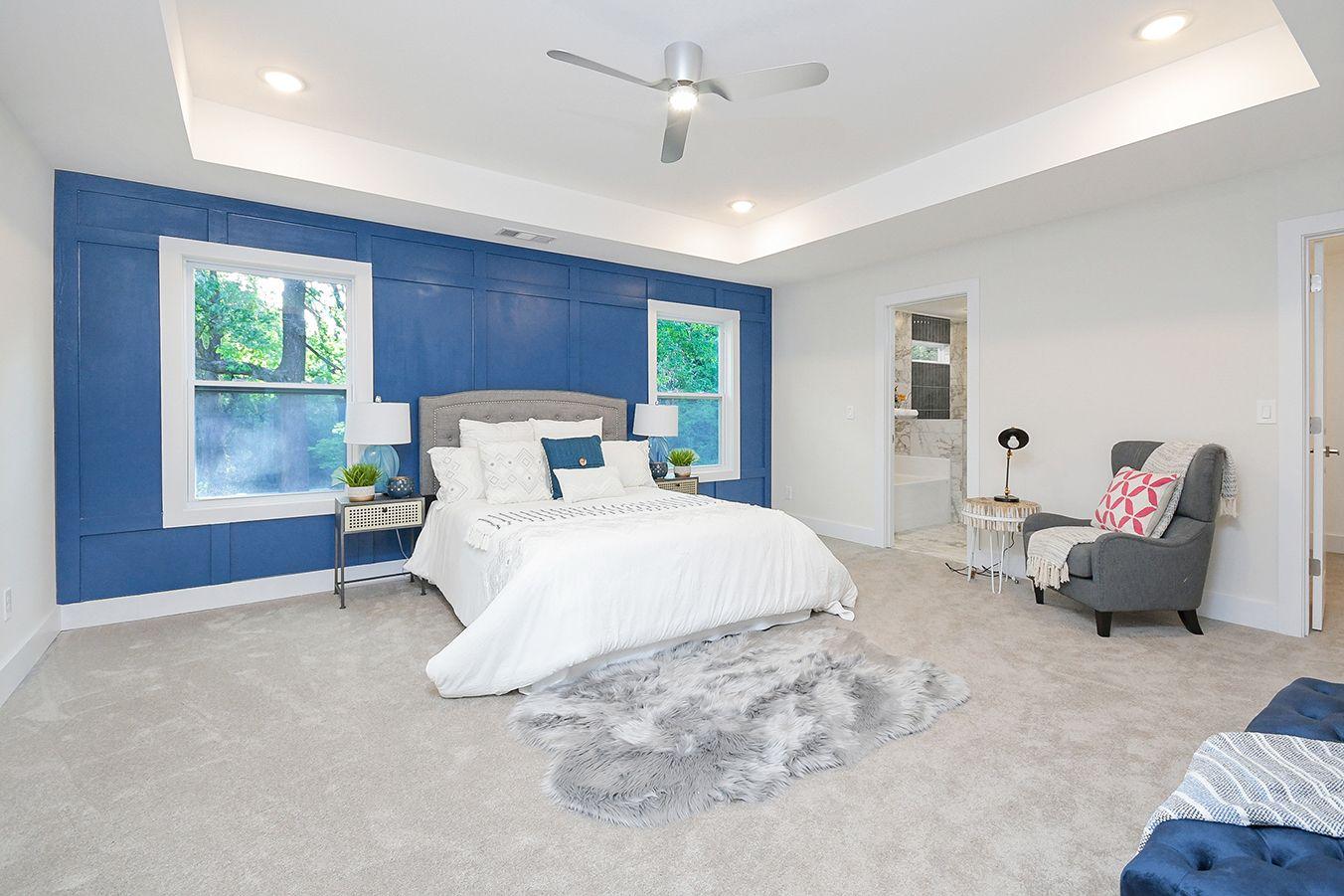 Upper_Level_Master_Bedroom_view1 (5).jpg