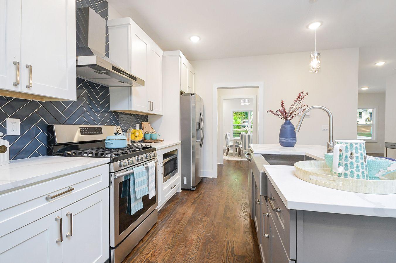 Kitchen_view4 (2).jpg