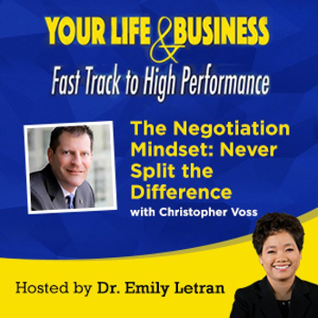 Episode-19-The-Negotiation-Mindset-Never-Split-the-Difference-600x600.jpg