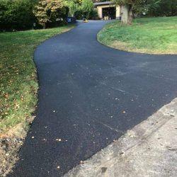 UA-asphalt-drive-2018-5ca64c091e606-250x250.jpg