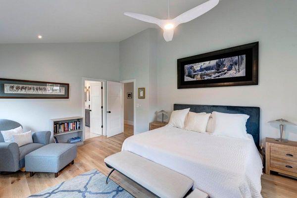 Master Bedroom-Alt.jpg