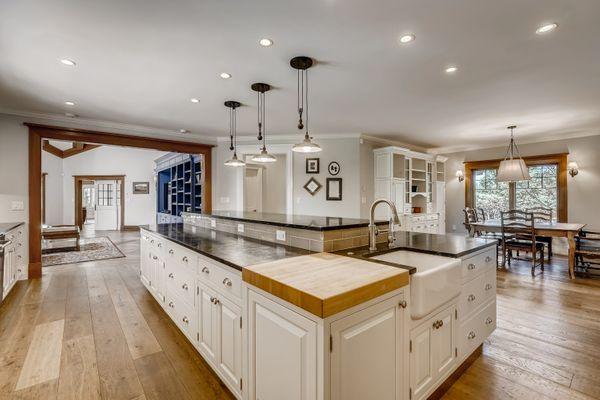 1 Countryside Lane Cherry Hills Village CO - Web Quality - 011 - 17 Kitchen.jpg