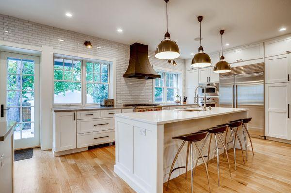 Kitchen 1 (4).jpg