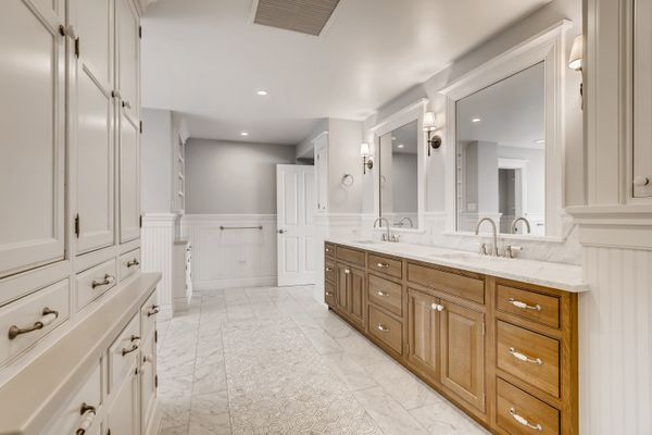 1 Countryside Lane Cherry Hills Village CO - Web Quality - 030 - 47 2nd Floor Master Bathroom.jpg