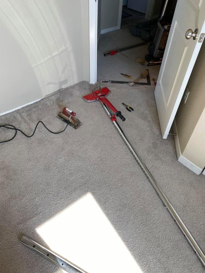Picuter for carpet stretching service.jpg