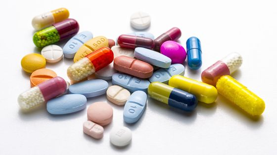 shutterstock_pills copy.jpg