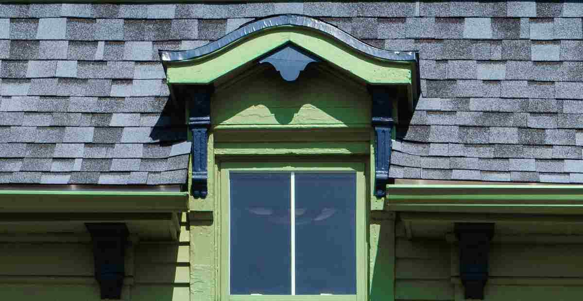 10-Signs-Your-Shingles-Need-to-Be-Replaced-featured-image-Tim-Leeper-Roofing-5eaae51fec0a1-1200x620.jpg