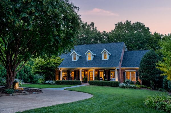 traditional+curb+appeal.jpg