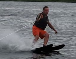 Water Skiing.jpg