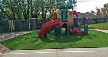 playground_artificial_turf_grass_plushgrass2.jpg