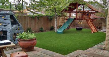 playground_artificial_turf_grass_plushgrass1.jpg