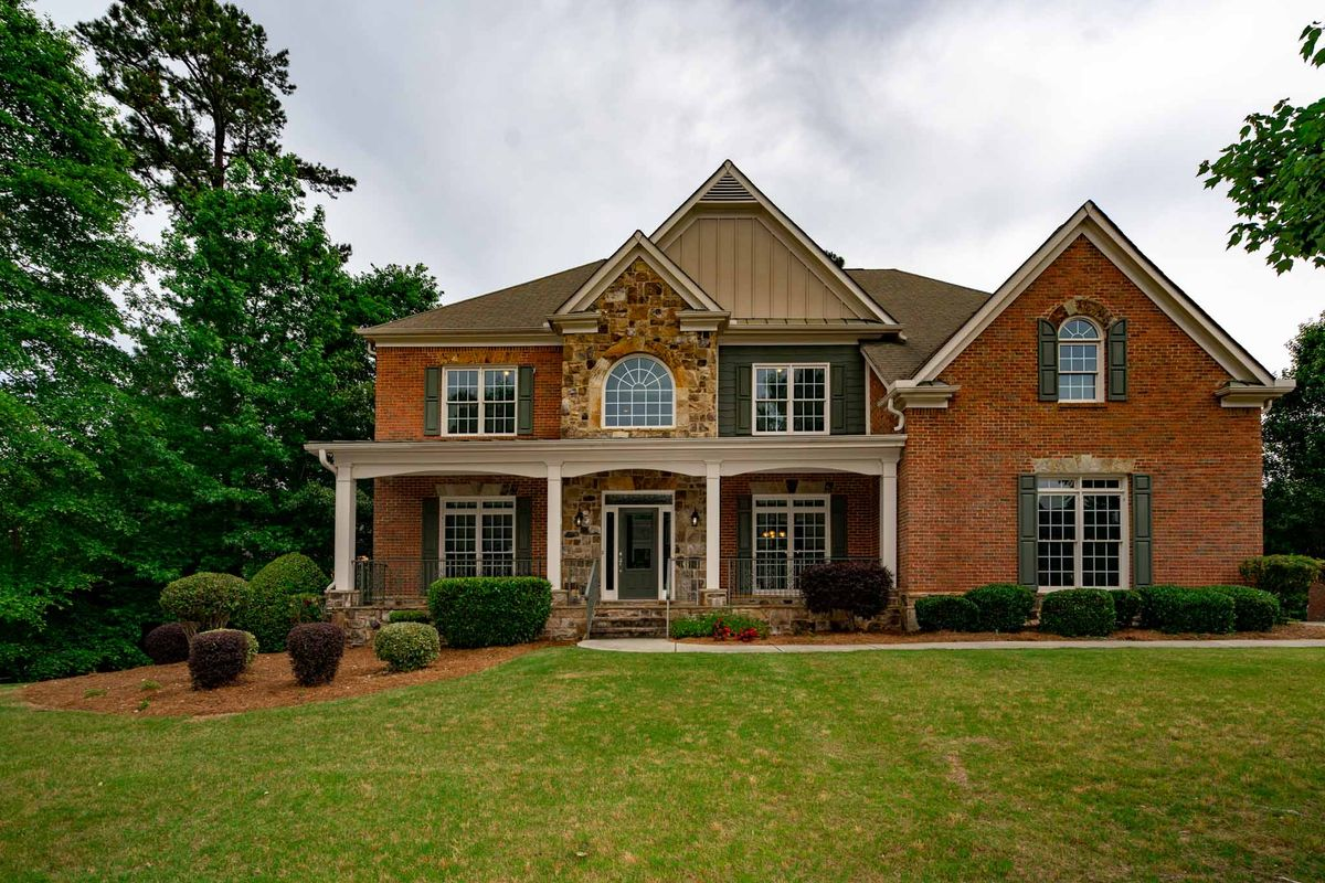 ELEGANT HOME YOUR WHOLE FAMILY WILL ENJOY