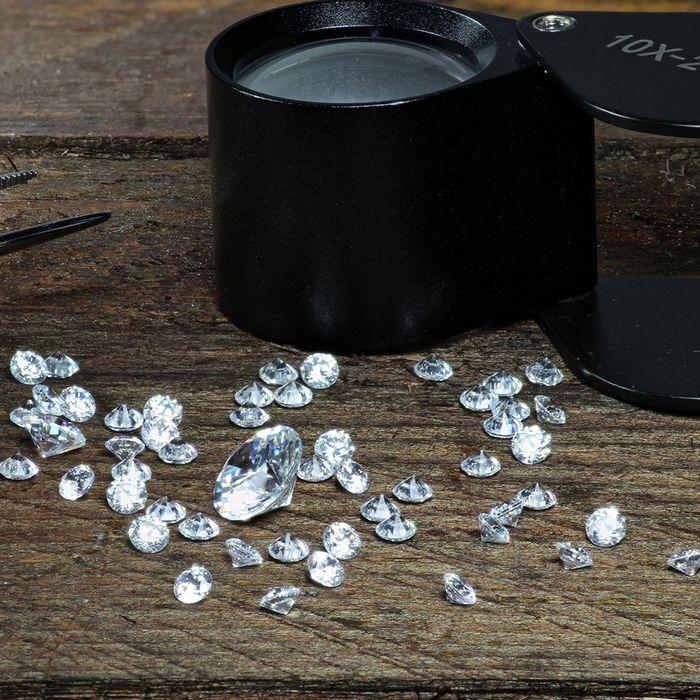 Diamonds insured with risk mitigation