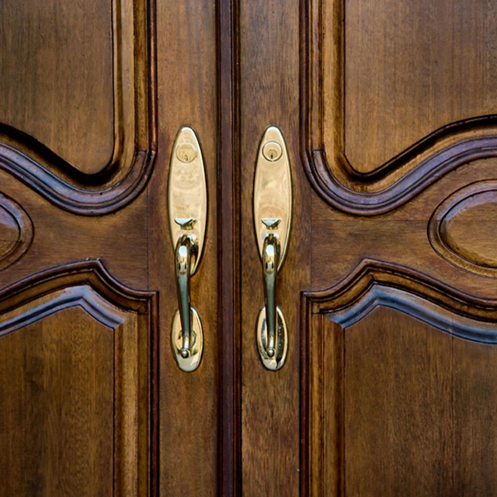 doors bg2.jpg