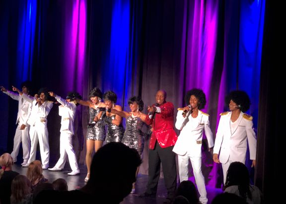 Motown-whole-group-5x7.jpg
