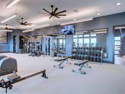 Incline 45 Gym