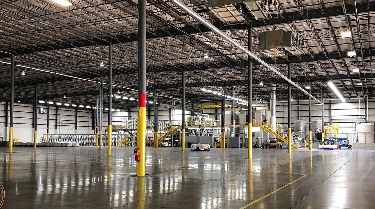 300,000 sq/ft facility