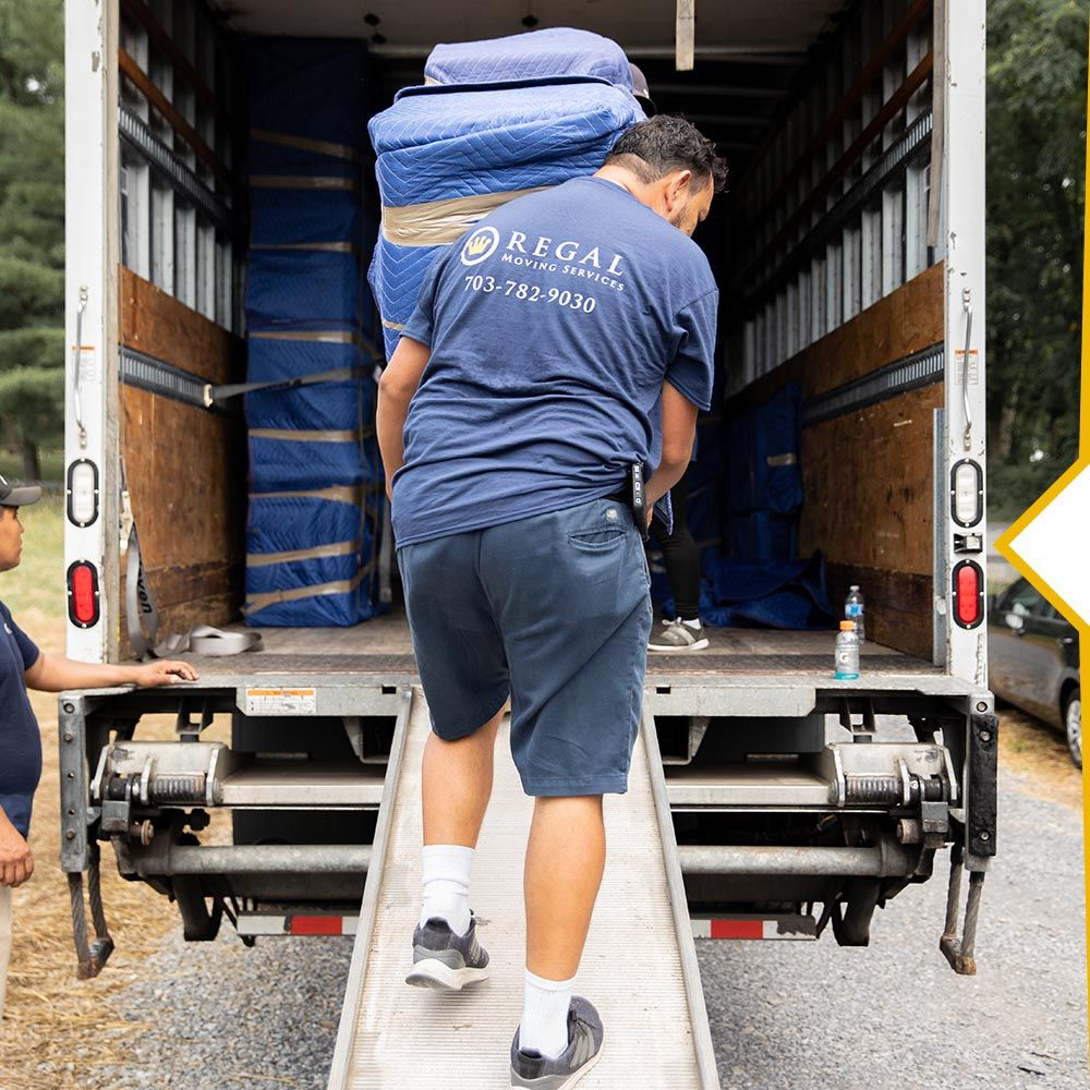 Regal Mover Unloading Moving Truck