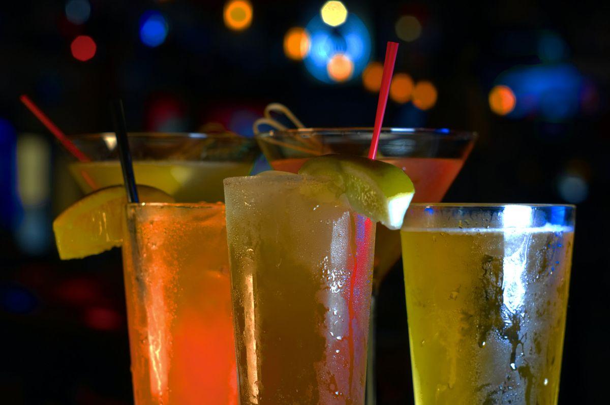 DSC05563+cocktails.jpg
