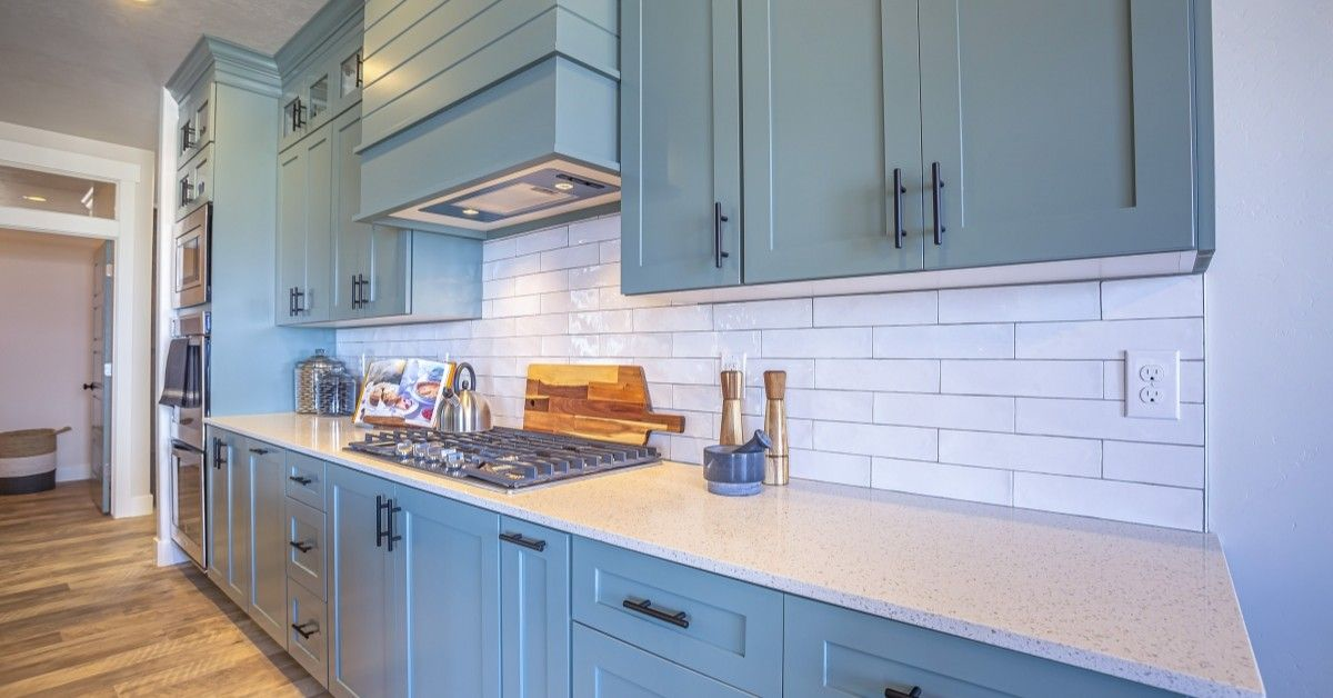 6 Rules to Follow When Selecting Kitchen Tile featured image