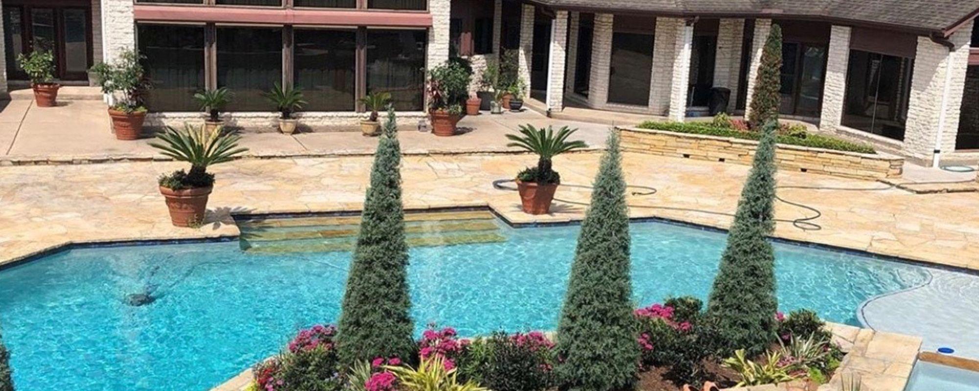 pool decking.jpg